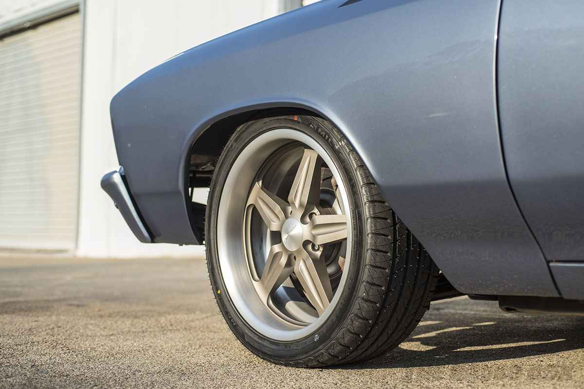 1967 Chevrolet Chevelle with Milestar MS932XP+ tires