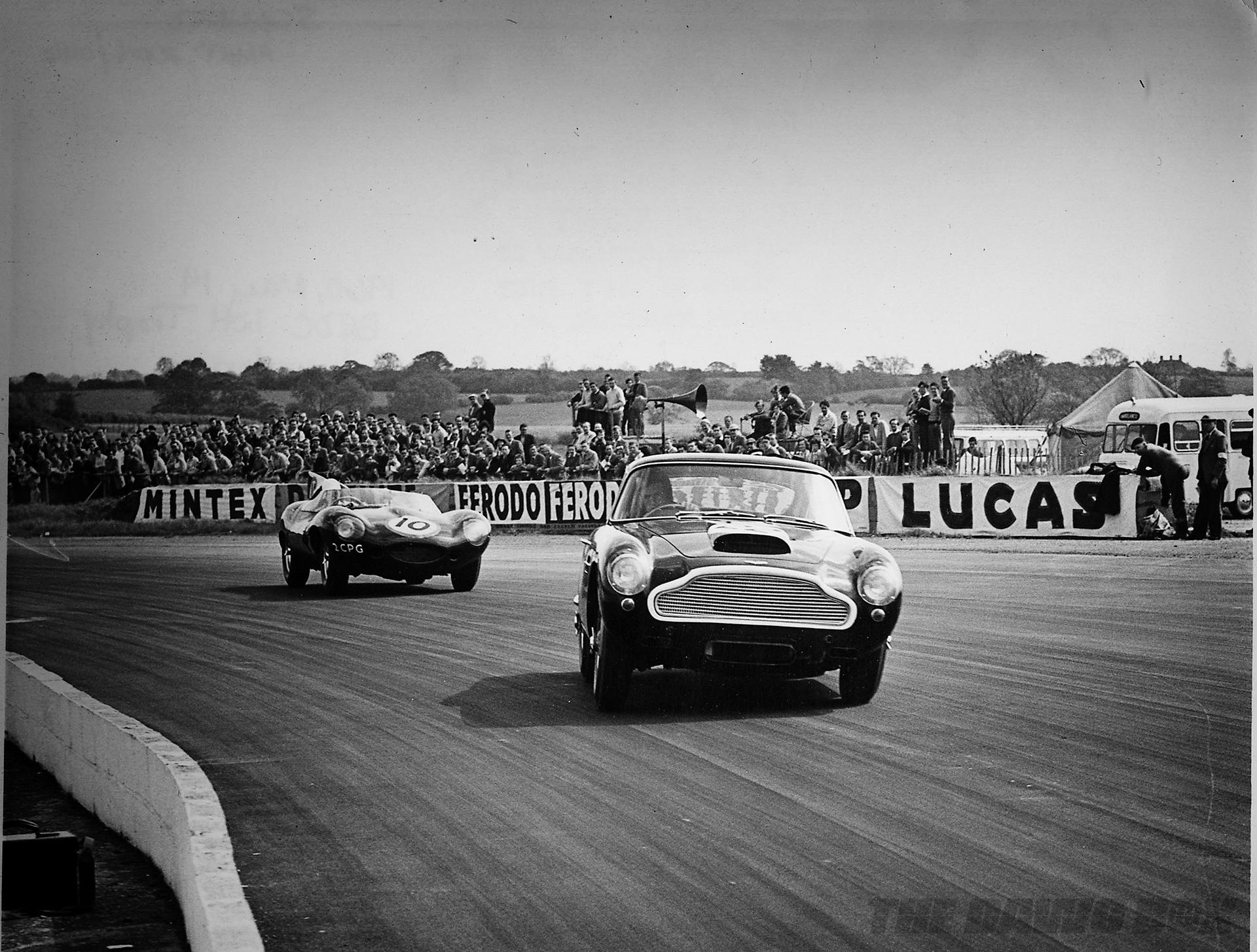 Aston Martin DB4 G.T. Continuation, DB4 On Track