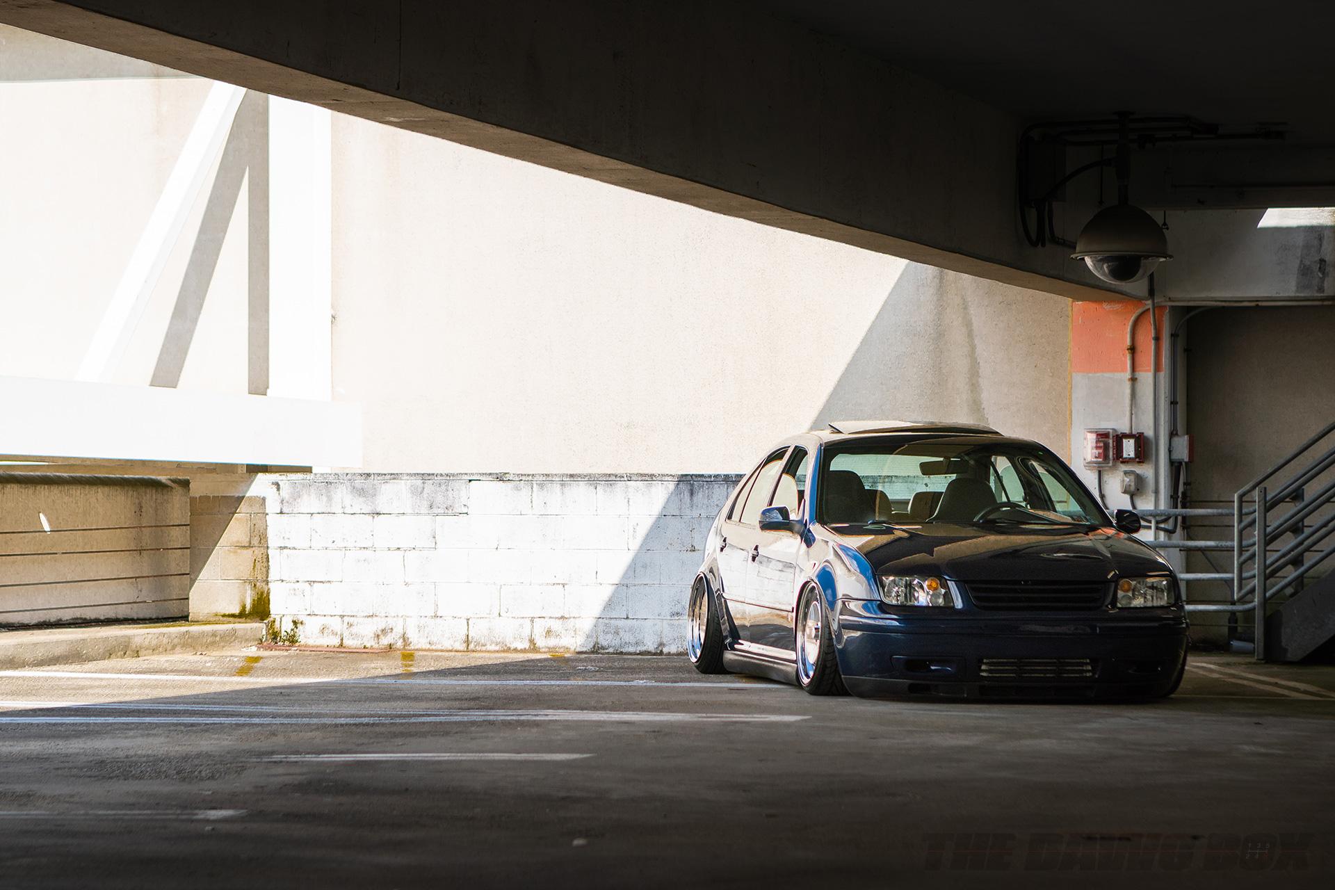 Slammed VW Jetta at H2Oi