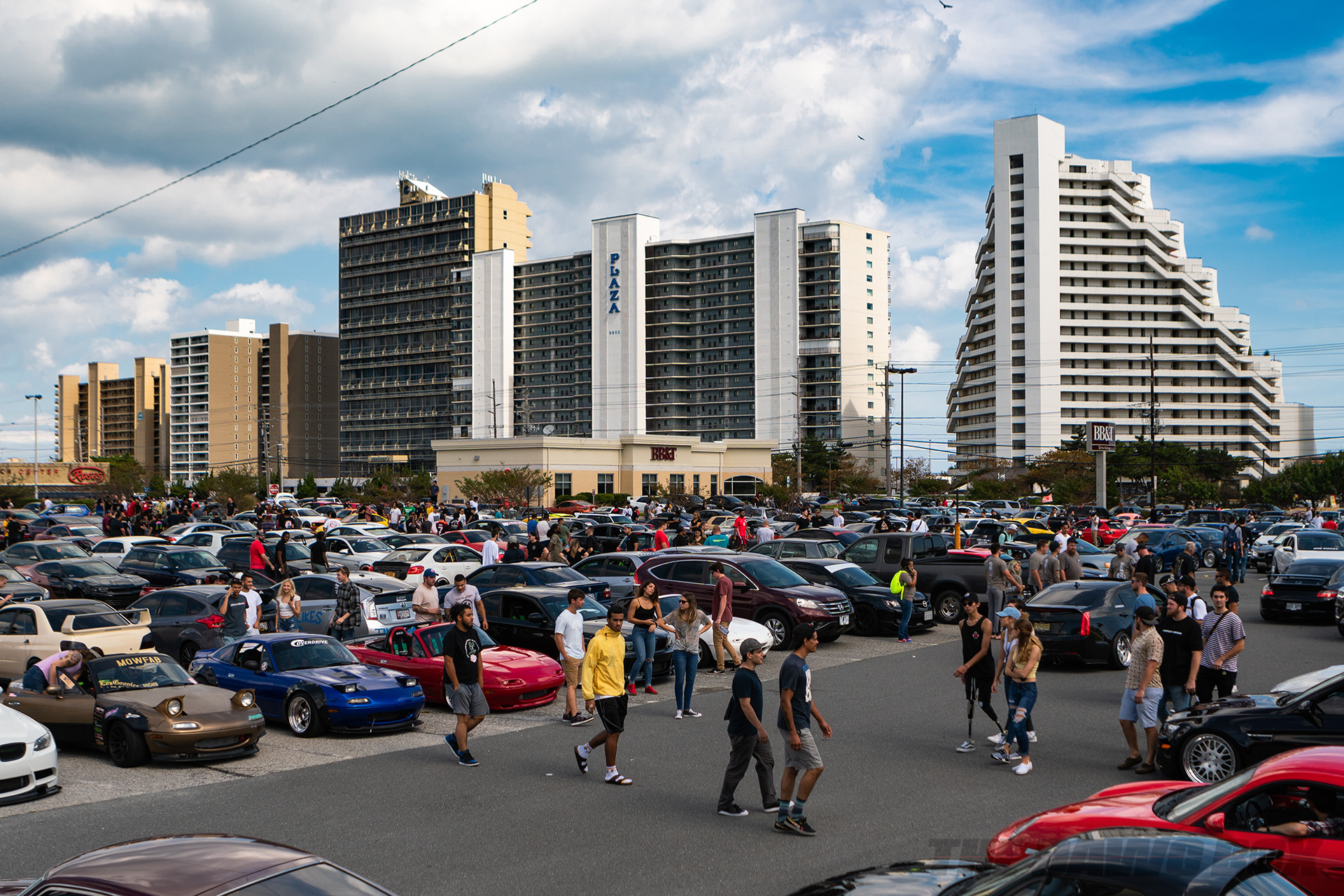 H2Oi crowd