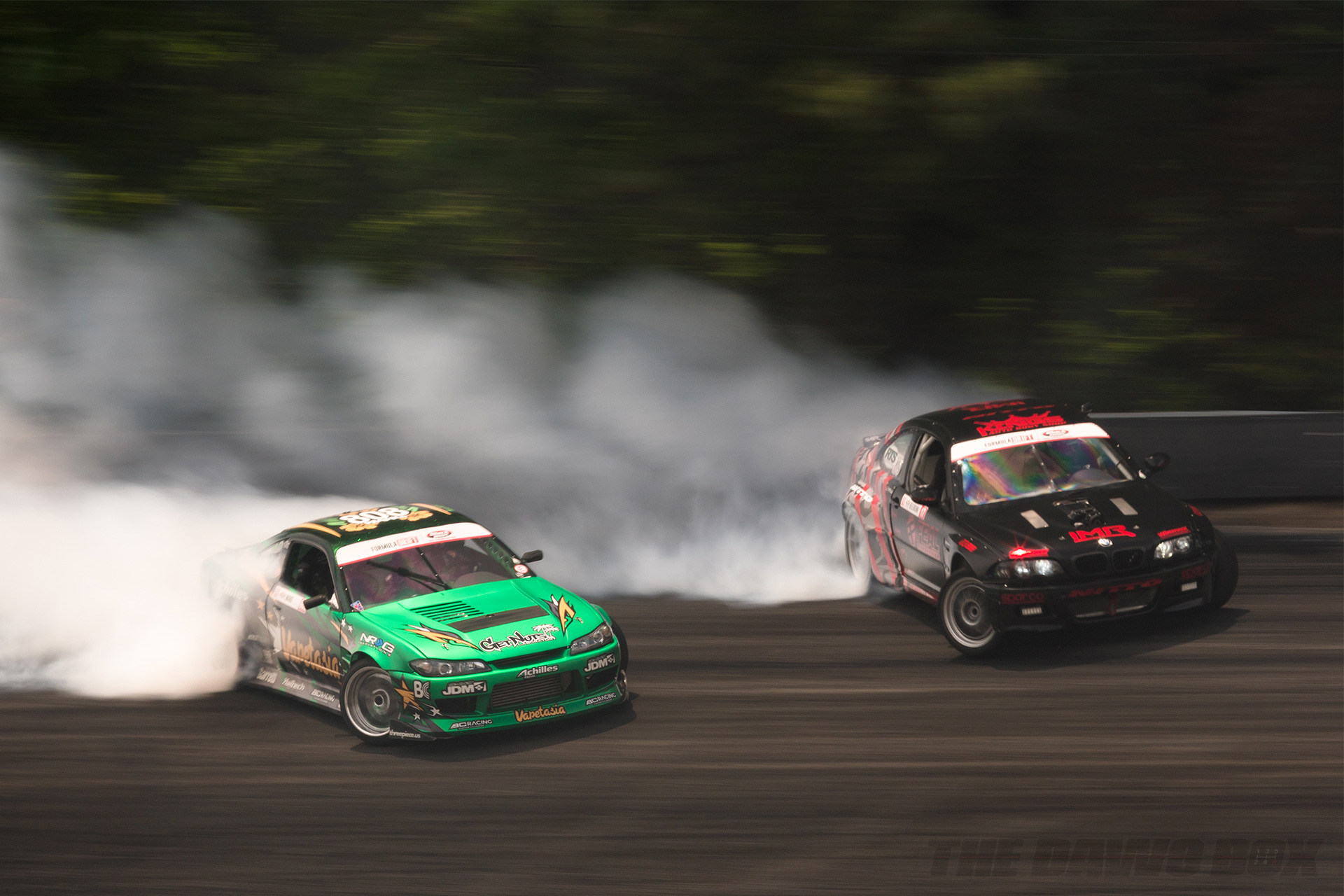Nissan 240sx s15 and BMW drifting