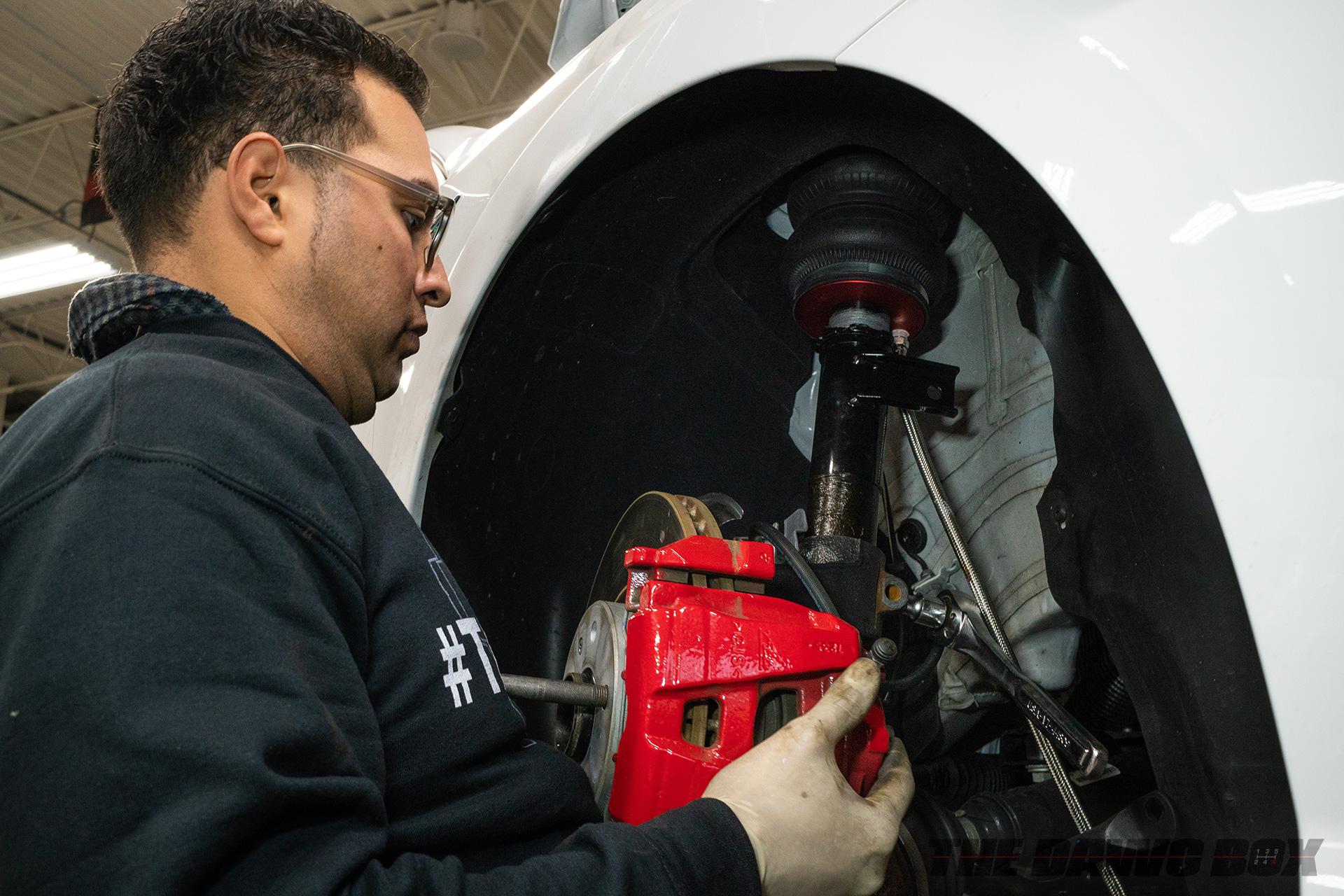 VW Jetta getting suspension installed