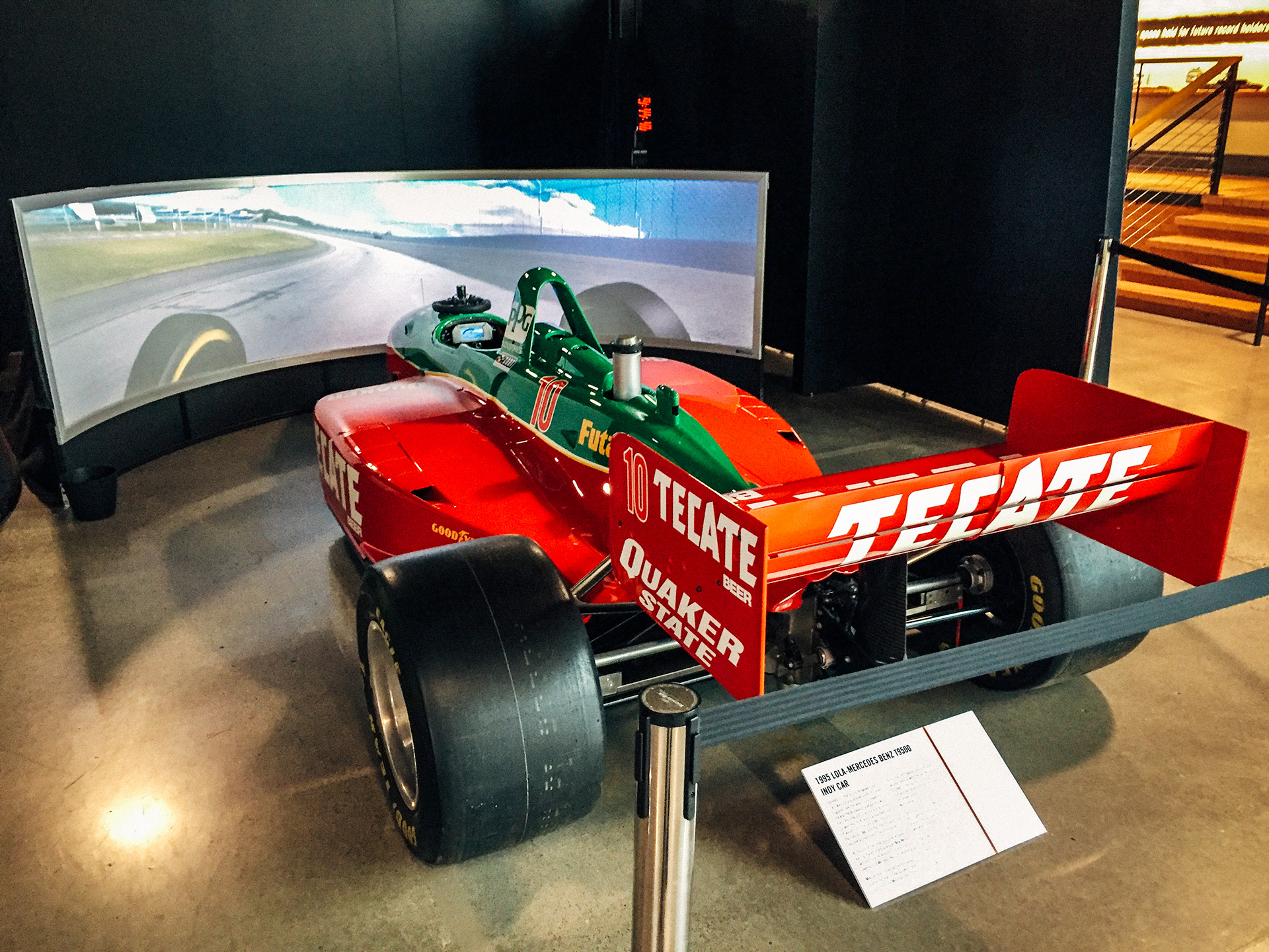 1995 Lola-Mercedes Benz T9500 Indy car simulator at the World of Speed Museum
