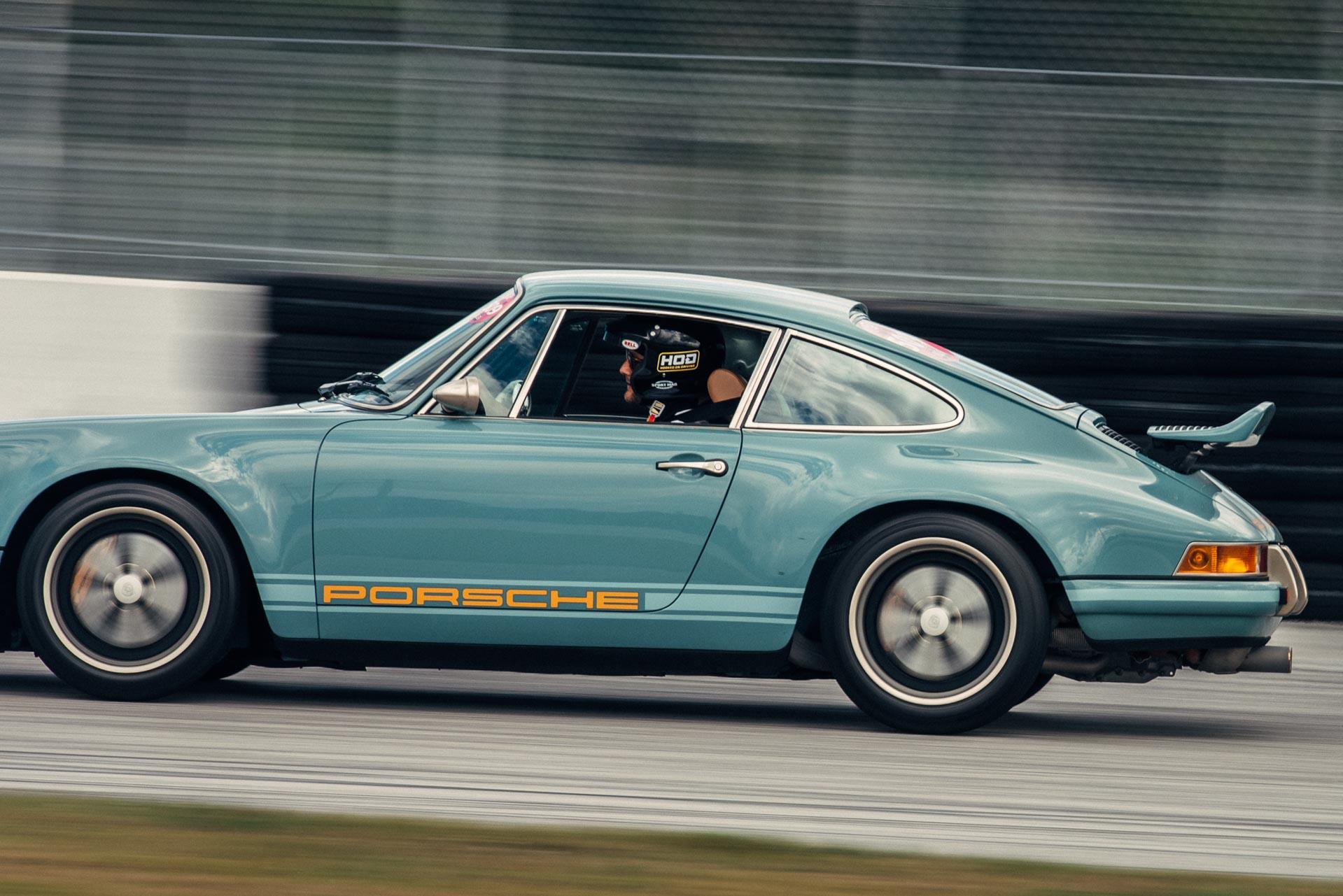 Vintage Porsche on track at DRT