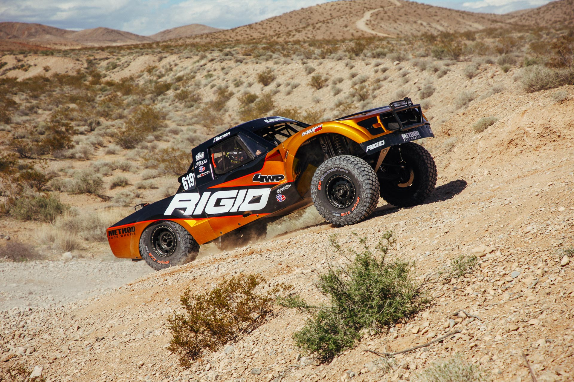RIGID rig sponsored by Method Race Wheels and 4WP at MINT 400 2019