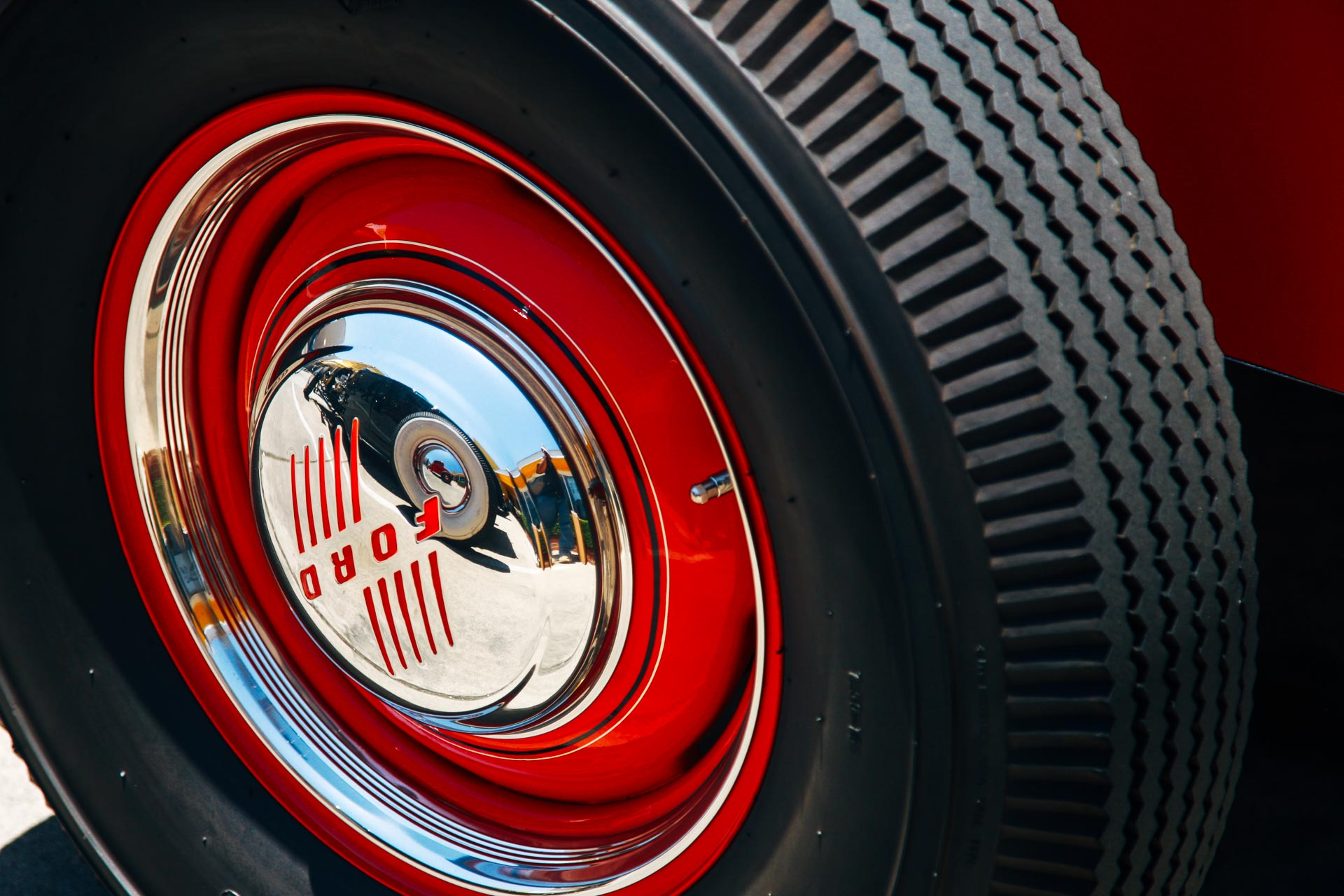 Bias Ply tires on a Ford hot rod