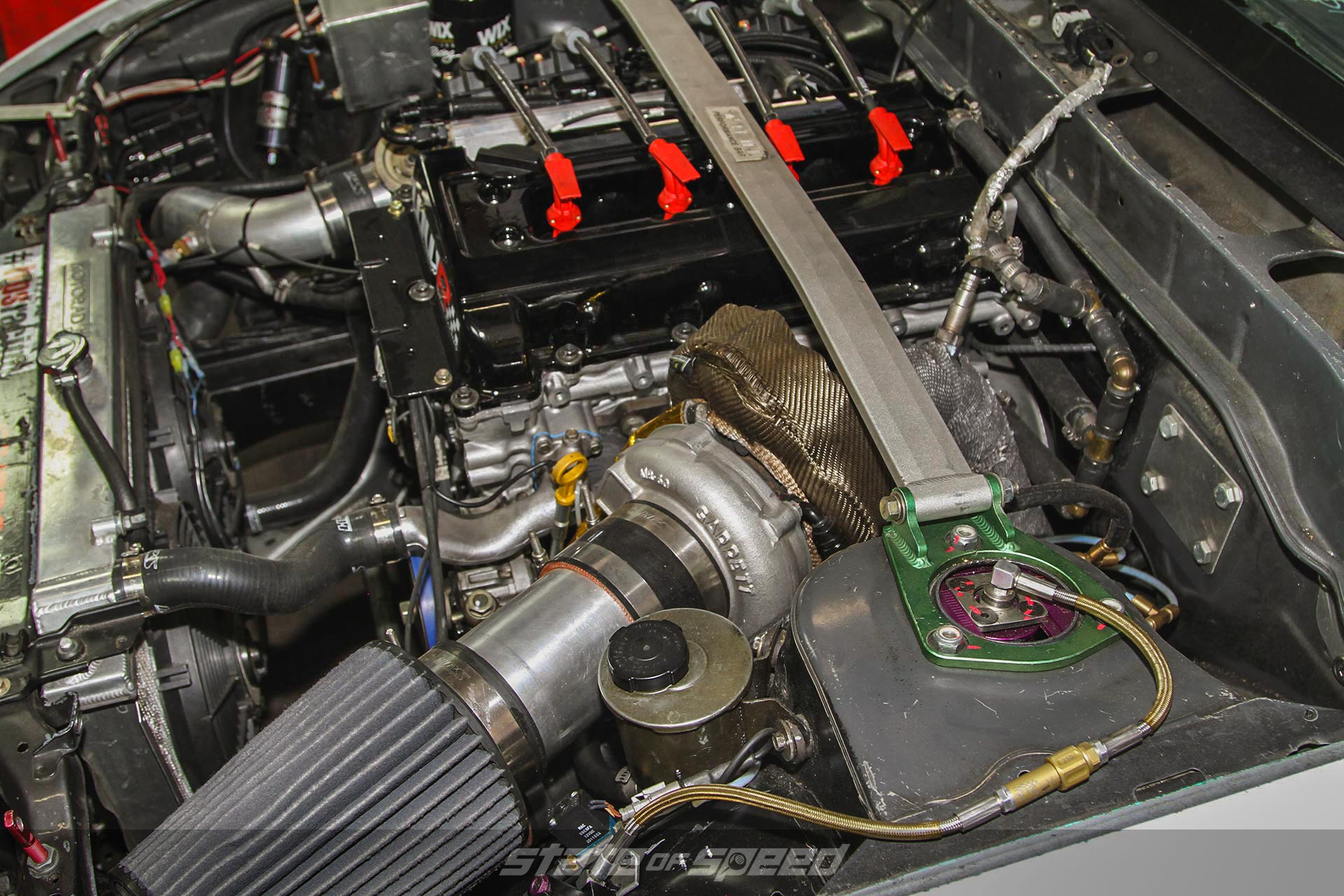 Intake and wastegate in a turbocharged setup
