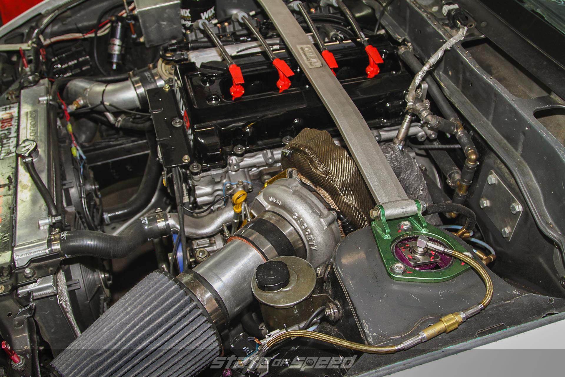 Intake and wastegate in a turbocharged setup