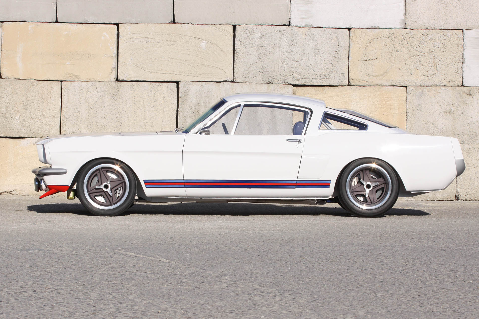 Mustang with Martini livery
