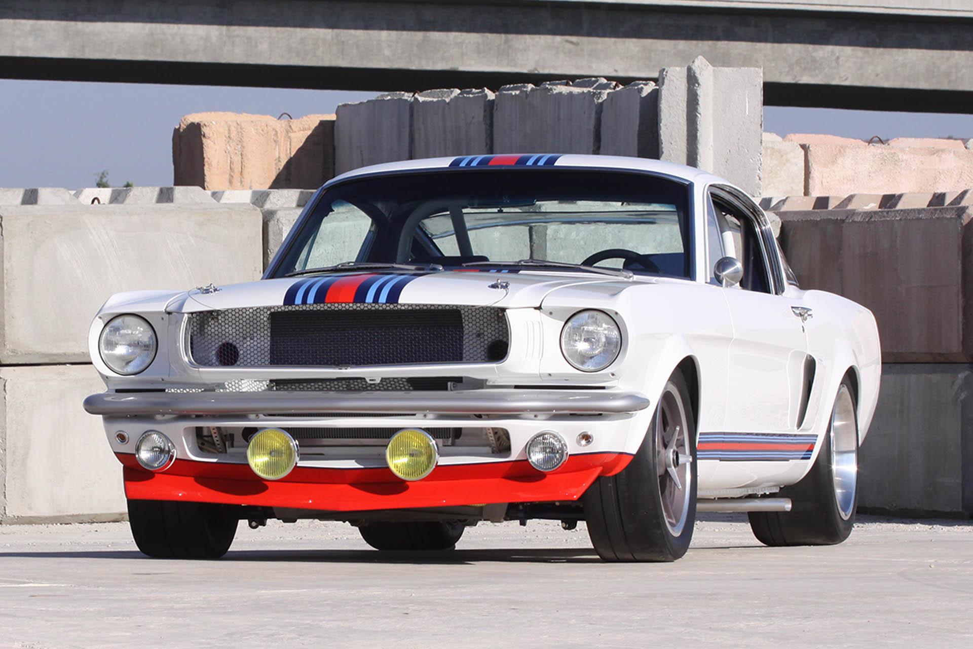 Martini Mustang