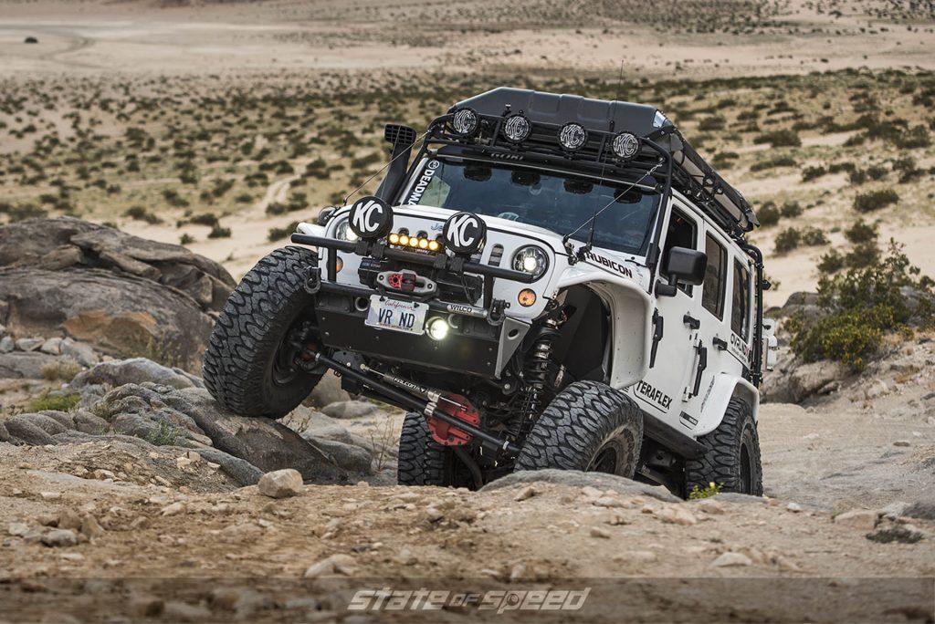 Jeep rock crawling
