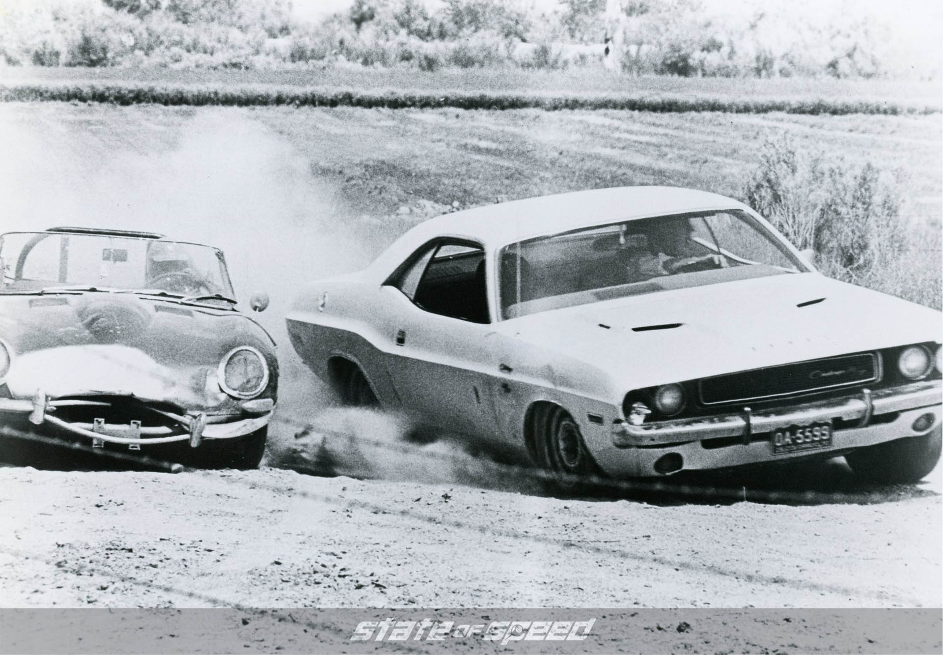 Dodge Challenger racing