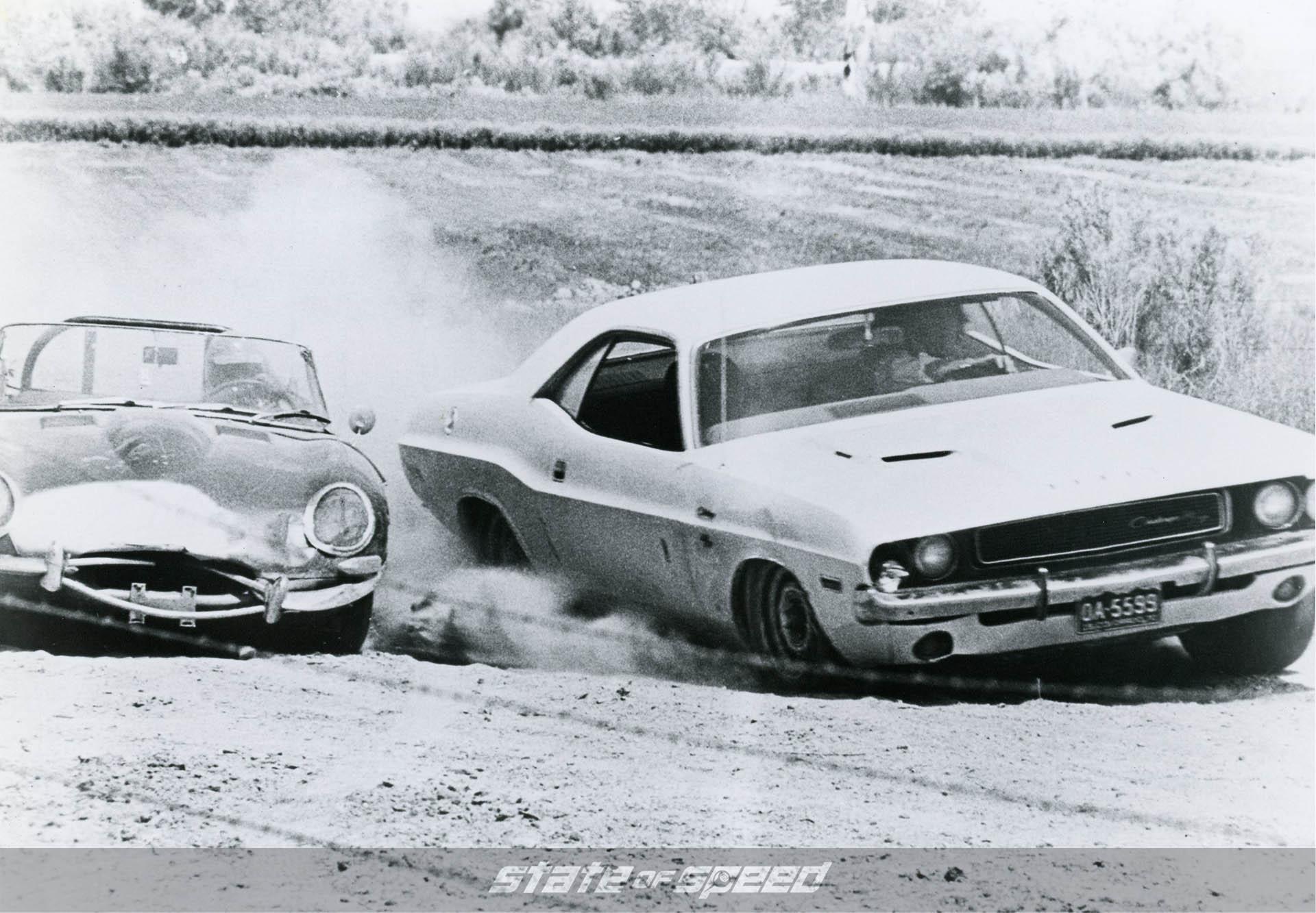 Dodge Challenger racing