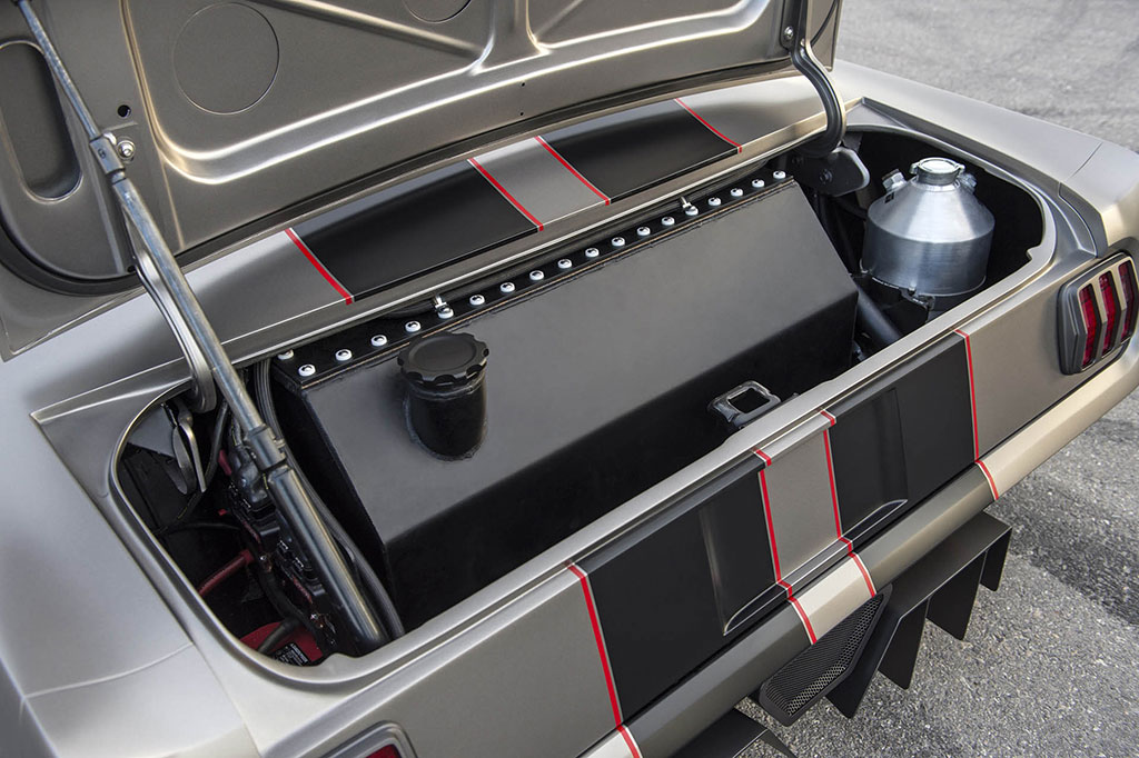 Trunk mounted fuel cell in an early mustang