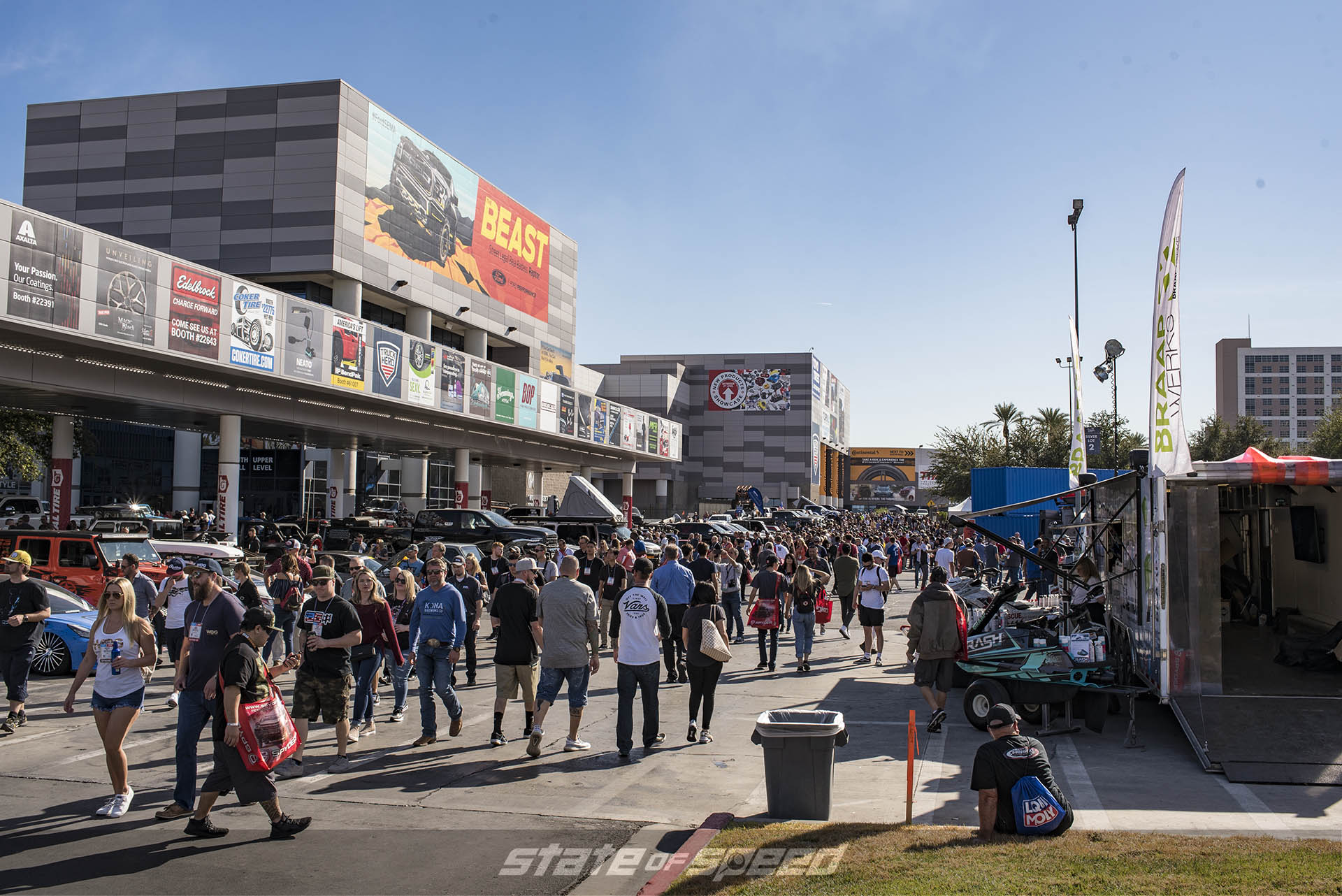 Crowd at SEMA 2019