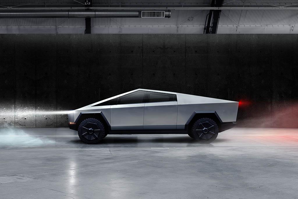 Flat underbody of the new EV