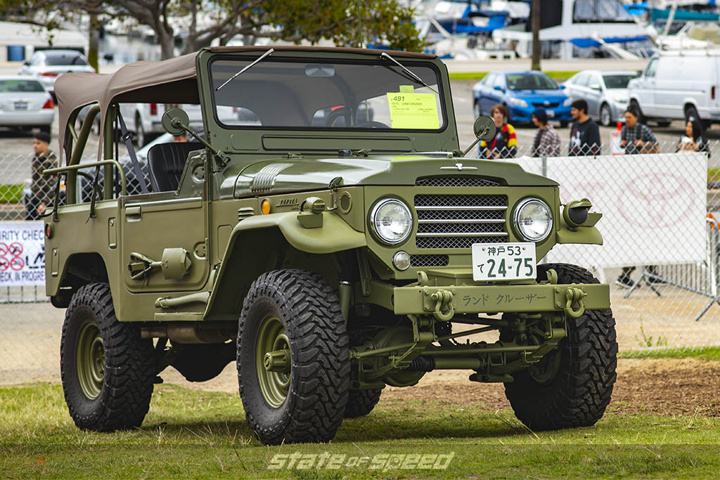 old schoool land rover at toyotafest