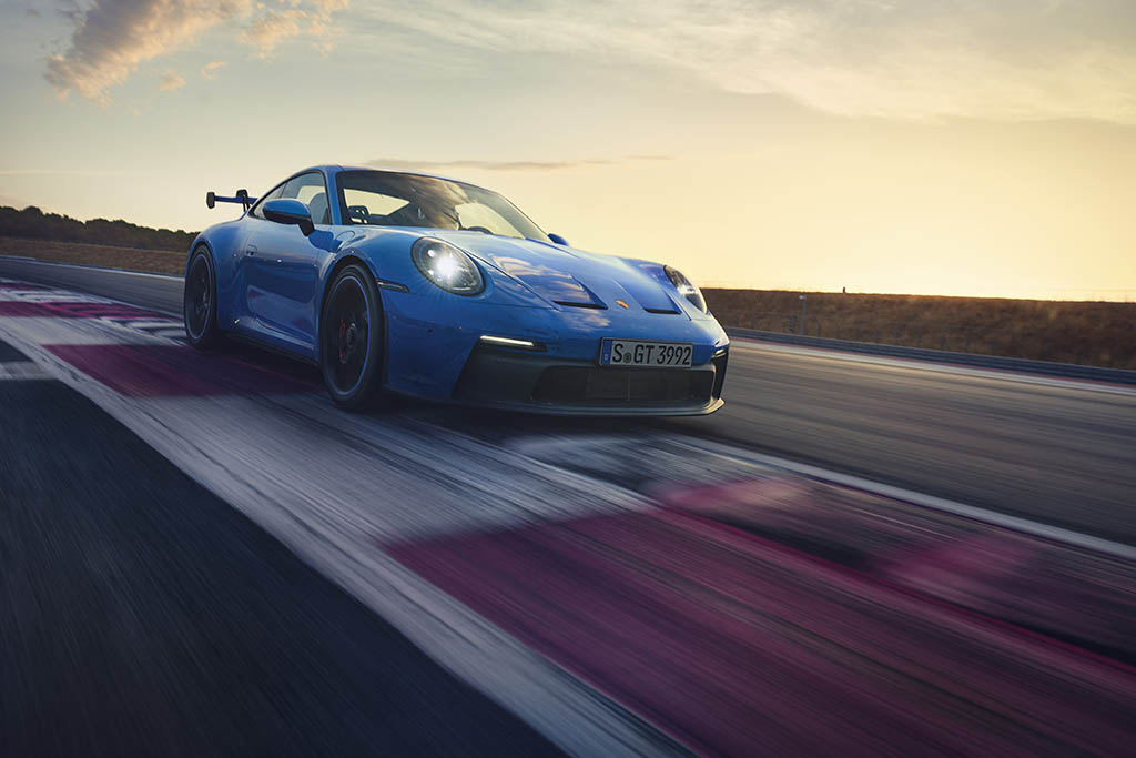 2022 gt3 on track