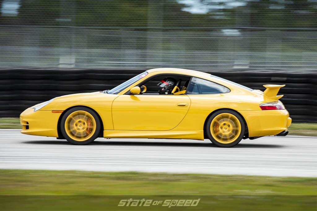 porsche 996 on track