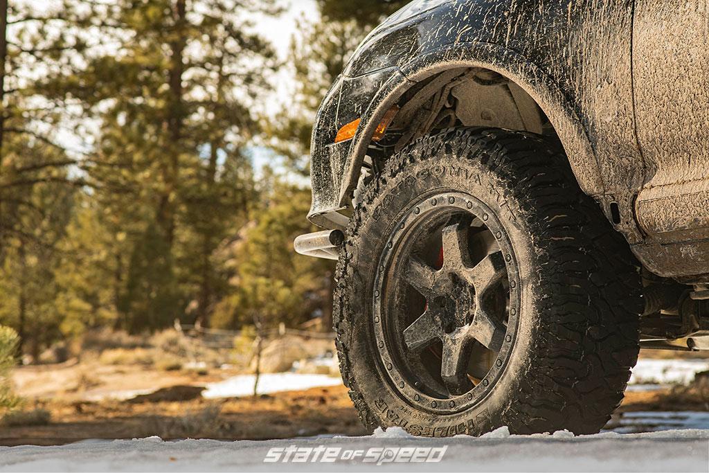 Porsche Cayenne offroad overlander on 35 inch tires