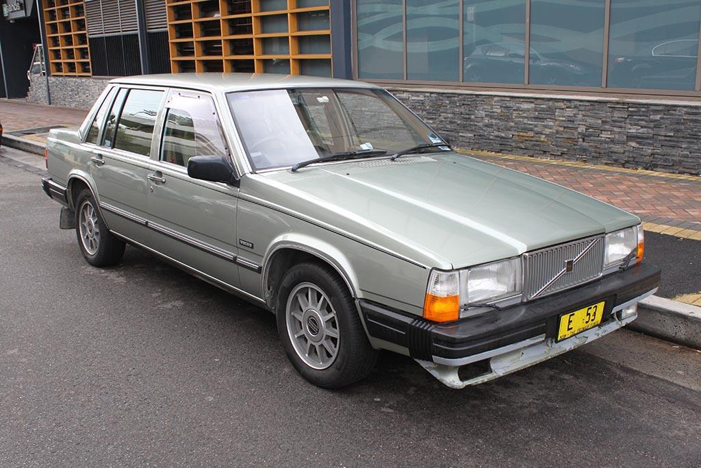 Grey 1984 Volvo 760 GLE Sedan parked on a curb